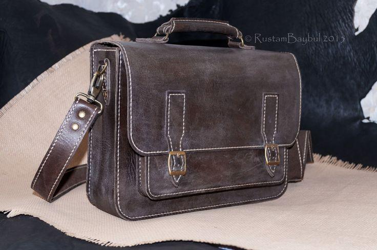 Небольшой портфель, или Большая барсетка - коричневый,кожаный портфель