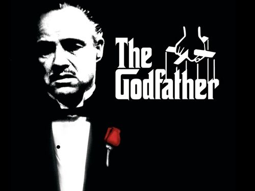 """""""O Poderoso Chefão"""". Ainda não tive a oportunidade de assistir ao filme, mas o livro é ótimo! Conta a história de Dom Vito Corleone e sua acessão na máfia. Além disso aprendi como usar as lições desse livro no meu dia a dia, pois o mesmo é muito inspirador!"""