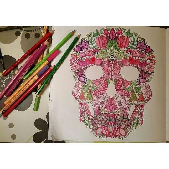 Johanna Basford | Colouring Gallery / Laura