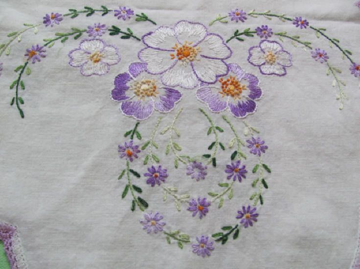 2 matching elaborately embroidered lavender purple table runners dresser scarves