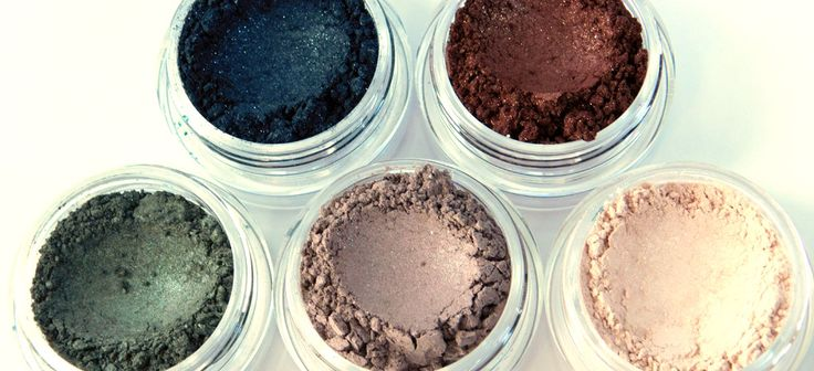 Zephyr Creative Clay Mineral Eye Shadow Collections Will not crease or fade even after work and the gym! #lastallday #zccosmetics #vegan #allnatural #madeincanada
