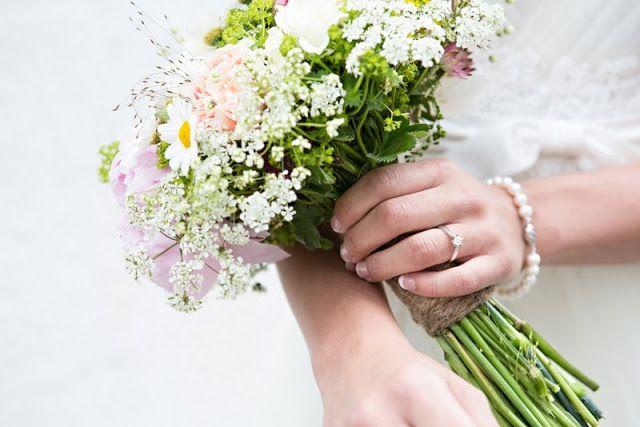 THE NORWEGIAN WEDDING BLOG : Bryllup fra Stavanger av Fotograf Julie Vold og Theresia Pauls Photography
