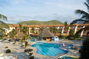 BlueBay Los Angeles Locos All Inclusive - Tenacatita  *will always remember this place*    2 stars