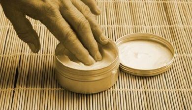 Mannen moeten hun huid ook goed verzorgen - FemNa40
