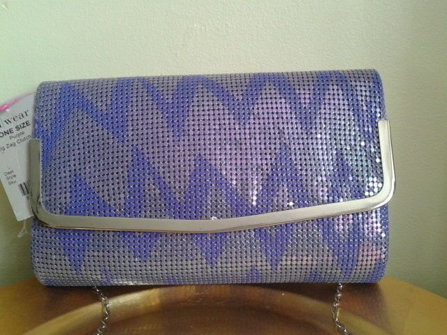 A/WEAR PURPLE ZIG ZAG EVENING/SPECIAL OCCASION CLUTCH WITH CHAIN