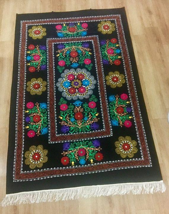 "♥ Suzani ""Fary tale of Uzbekistan"" has unrepeatable pattern weave consisting of iridescent colours. #suzani #tablecloth #bedspread #vintagetablecloth #uzbekfabric"
