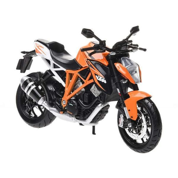 Jual beli KTM 1290 Super Duke R Diecast MAISTO di Lapak Rijal Bakule - rijal6683. Menjual Diecast - KTM 1290 Super Duke R Diecast MAISTO is a series of miniature diecast KTM 1290 Super Duke R is produced in a neat and detailed with high quality paint, realistic wheels / tires and suspension.  Skala   : 1/12