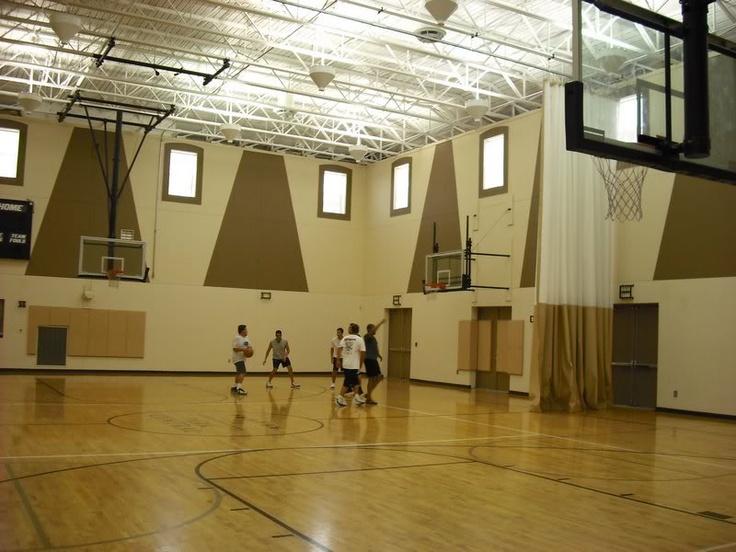 45 best arq bsk images on pinterest indoor basketball for Design indoor basketball court