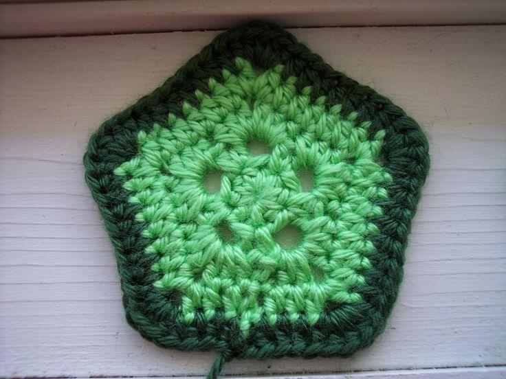 Free Crochet Pattern For Turtle Photo Prop : Crochet Pentagon crocheting Pinterest Love, Outfit ...