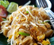 Chicken Pad Thai, original recipe made without tamarind - a noodle lover's feast!