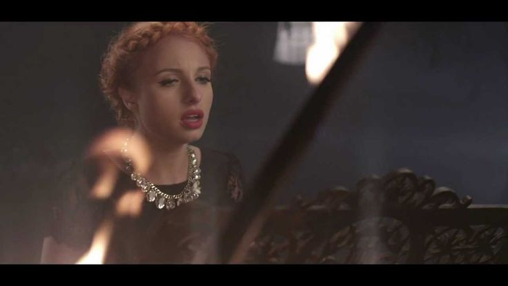 Videoclip Lucia - hairstyle: Marius Vintila, Beauty District