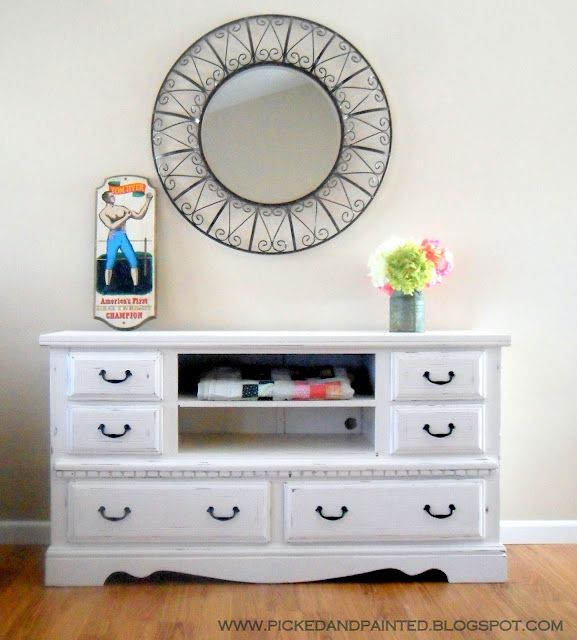 Picked & Painted: TV Stand Reveal