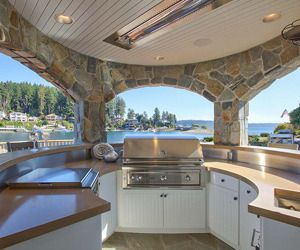 Designed And Built Around Family Entertaining, This Gorgeous Coastal Home  Boasts Luxury And Comfort All