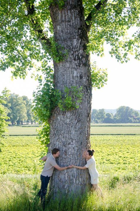 © Luisa Possi Engagement, Couple, Love, Liebe, Verlobung, Foto-Shooting, fotografieren, Natur, Lachen, Pärchen, verliebt, Shooting