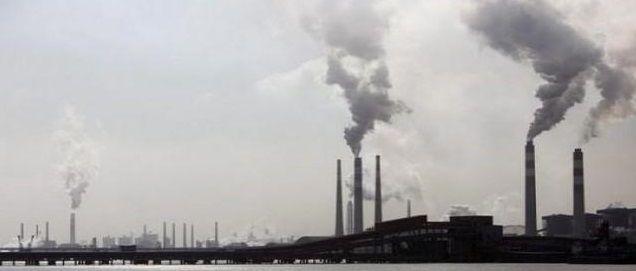 Lo smog ci fa invecchiare più rapidamente…perché?
