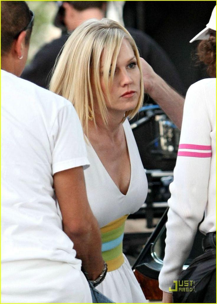 Tori Spelling and Jennie Garth Nail 90210 | tori spelling jennie garth 90210 17 - Photo