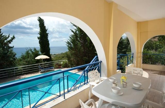 Villa Cleo. Kalamata Holiday Villa Rental, Chrani with private pool, walking, beach/lake nearby, balcony/terrace, air con, internet access, rural retrea...
