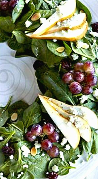 Holiday Salad Wreath with Pears and Red Grapes