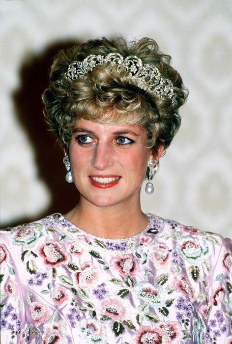 Ten interesting facts about Diana, the Princess whose power to fascinate never died. Sixteen yrs since the tragic death of the Princess on 8/31/97, those she left behind strive to continue her legacy of love, zest for life & compassion.