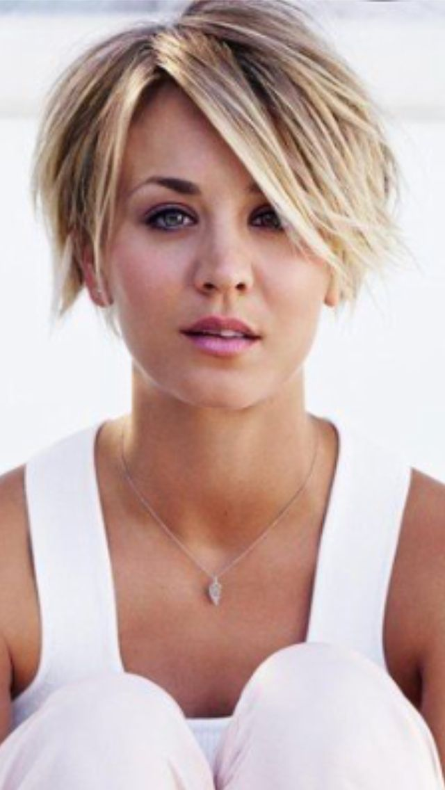 17 best ideas about kaley cuoco on pinterest kaley cuoco. Black Bedroom Furniture Sets. Home Design Ideas