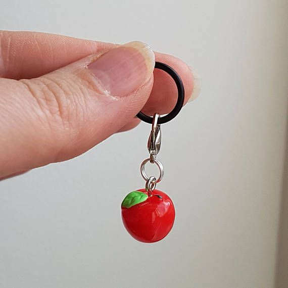 Hey, I found this really awesome Etsy listing at https://www.etsy.com/uk/listing/522820220/progress-keeper-with-red-apple-charm-1