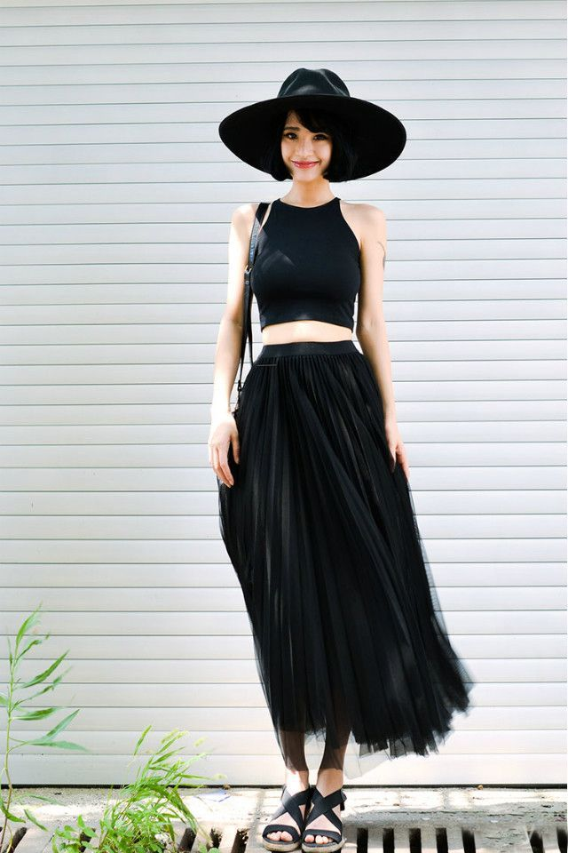 Midi skirt for petite! :) cant wait to explore the right skirt for me!