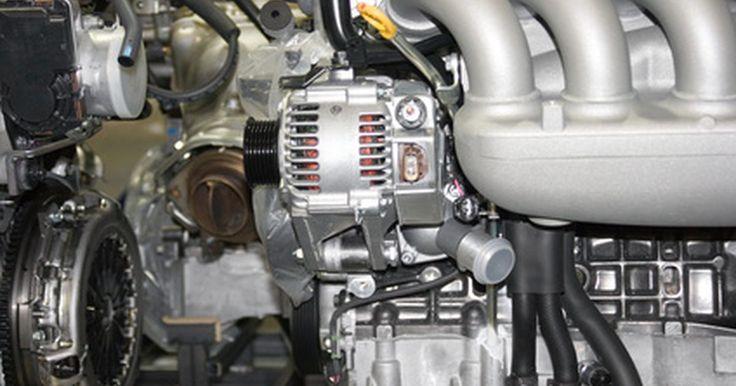 ¿Qué pasa cuando un alternador muere?. Un error común de concepto sobre los sistemas eléctricos de los automóviles es que la batería suministra la energía eléctrica al vehículo. En realidad, la batería es principalmente la fuente de energía para arrancarlo, y el alternador es el que hace que los sistemas eléctricos funcionen y la mantengan totalmente cargada. Debido a esto, el ...