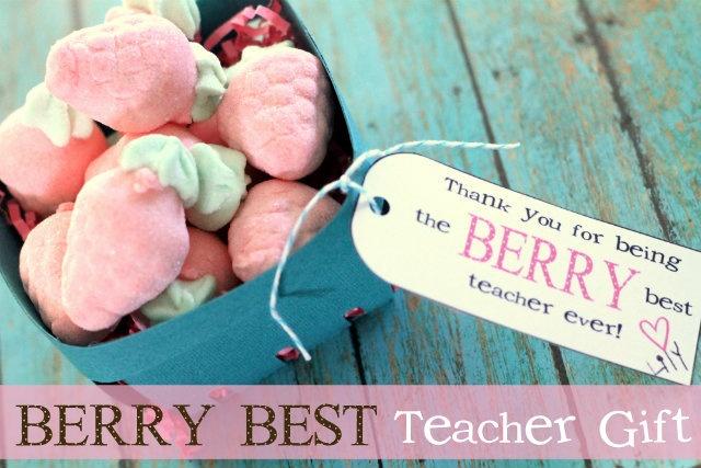 Berry Best Teacher Gift Ideas + Free Printable Tags - Easy & Cute for any teacher!! #teachergiftTeacher Gifts, Berries Gift, Diy Tutorial, Gift Ideas, Diy Gift, Teachergifts, Handmade Gift, Strawberries Teachers Gift, Free Printables Tags