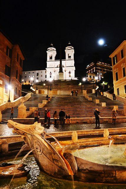 Welcome to Piazza di Spagna! Babington's Tea Rooms  Piazza di Spagna 23, Rome. www.babingtons.com