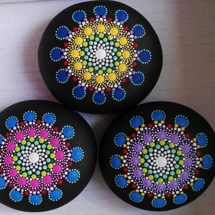Mandalas stones. Coming soon ...                                                                                                                                                                                 Más