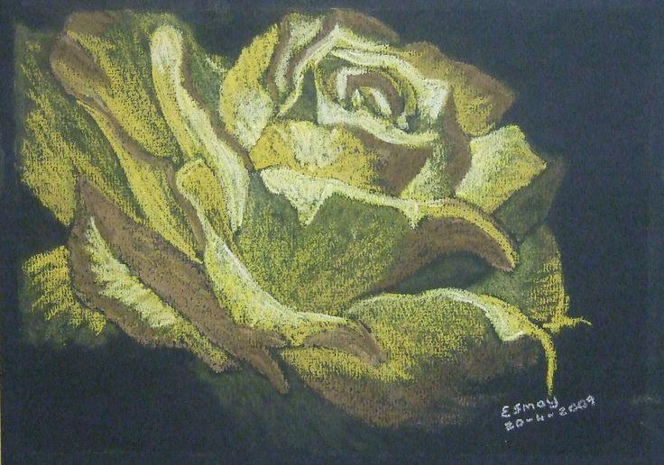 Esmay- rose