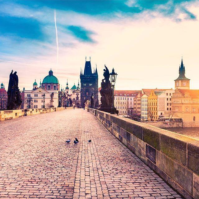 Charles Bridge in majestic Prague. #prague #charlesbridge #sunrise