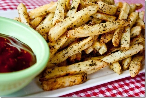 Dill pickle french fries!! These sound so good right now...