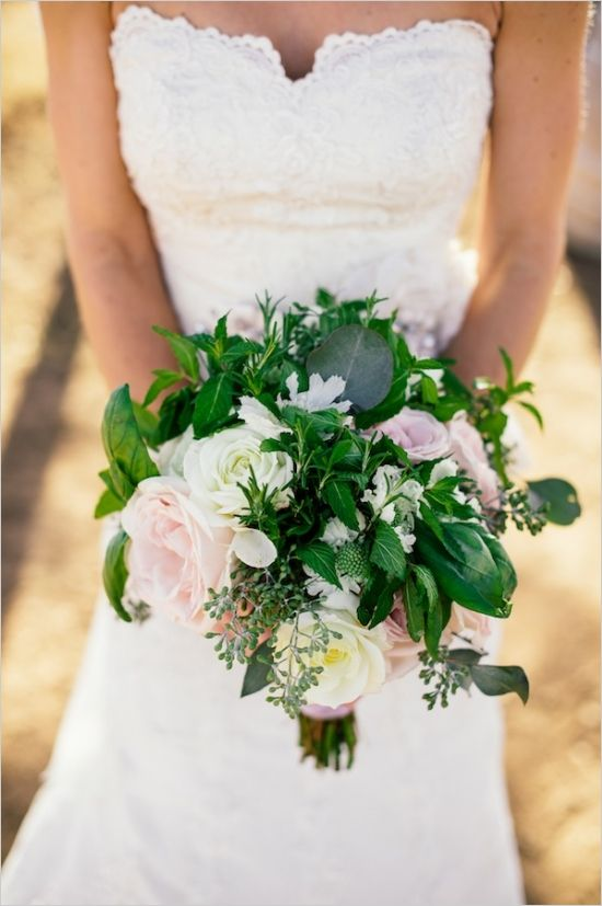 rose and basel bouquet #gardenstylebouquet #bride #weddingchicks http://www.weddingchicks.com/2014/03/17/shabby-chic-winery-wedding/