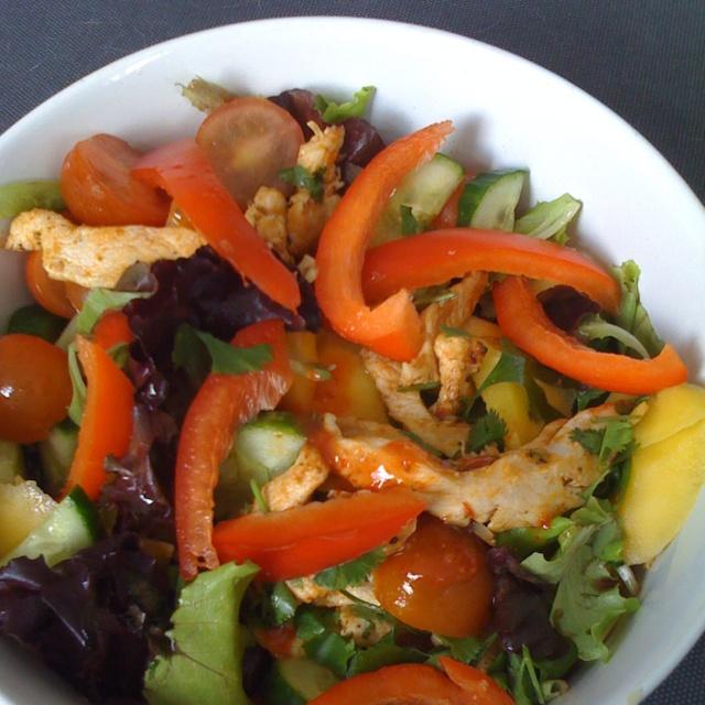 Mexicaanse salade met oa kip en mango :)