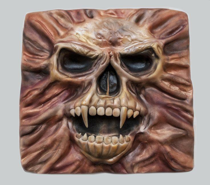 Dort s lebkou. Cake with the Skull.