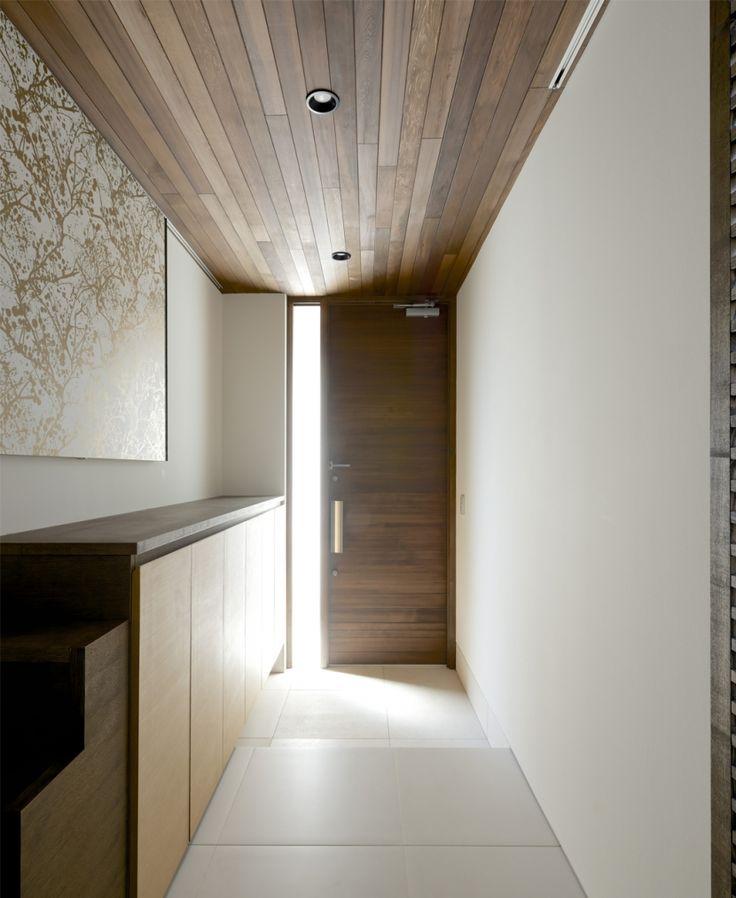 玄関1(江南の家(プライベートテラスと蔵のある家))- 玄関事例|SUVACO(スバコ)
