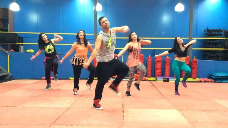 Tu me Quemas - Chino & Nacho (feat. Gente de Zona & Los Cadillac's) ZUMBA - This song is so fun to dance to!!!! :D