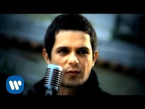 Alejandro Sanz - Amiga mia (Video Oficial) - YouTube