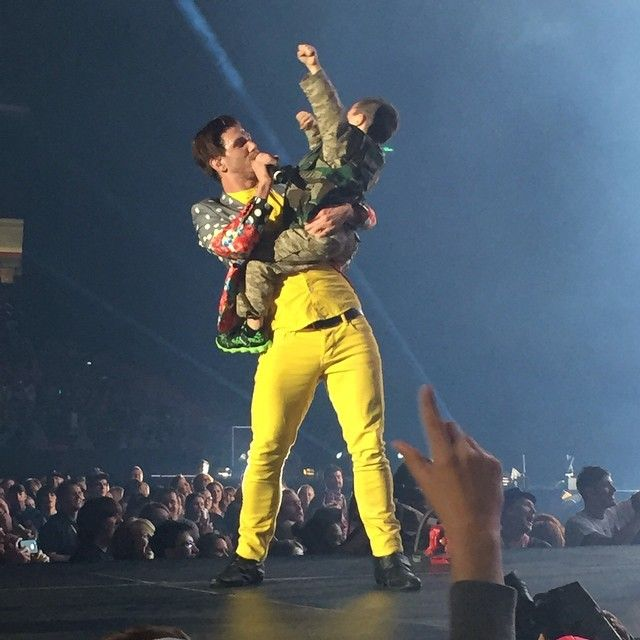 Crouton with Cash at Winter Jam( 2/7/14, Georgia Dome) This is too cute!