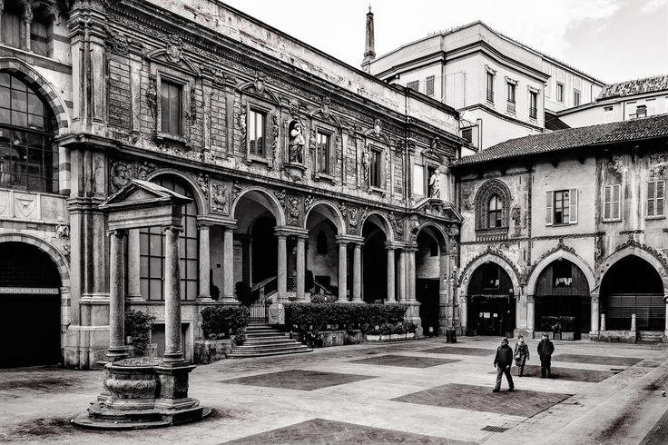 Photograph Milano - Piazza dei Mercanti by Silvano Dossena on 500px
