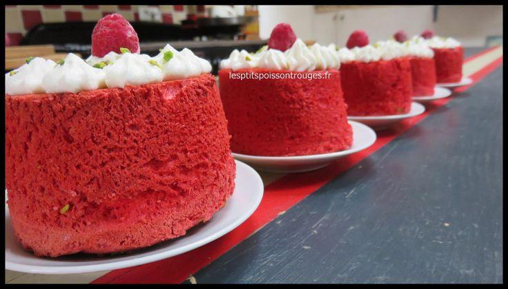 http://www.lesptitspoissontrouges.fr/ My first Angel Cake !