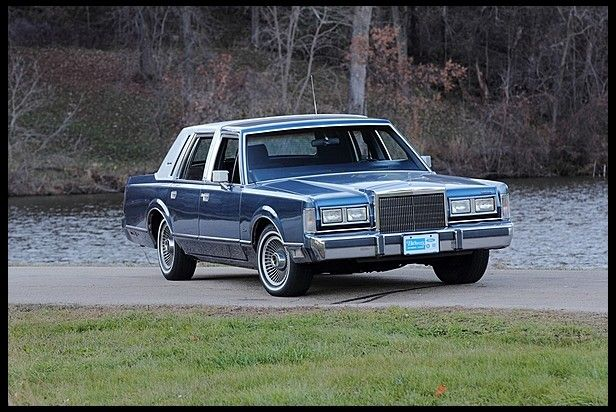 1988 Lincoln Town Car, $2250