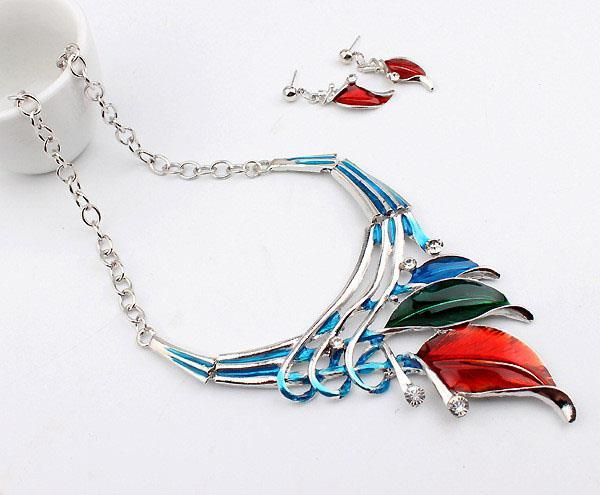 Elegant European Leaves Enamel Inlay Crystal Necklace Earrings Jewelry Set for Women