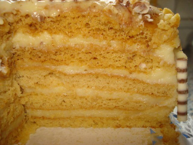 """Торт от Татьяны из Германии. Нашла на сайте """"SAY7""""  Торт """"Пуховик"""" - любимый торт в моей семье . Да и не только в семье ...В России он был моей """"визитной карточкой"""" , мои коллеги на все праздники пр…"""