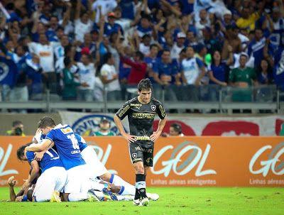 Cruzeiro x Botafogo, no Mineirão. Brasileirão 2013