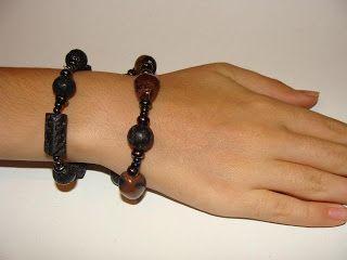 foto hand made jewels  Φωτεινή Μάμαλη: Βραχιόλια με λάβες και αχάτες!!