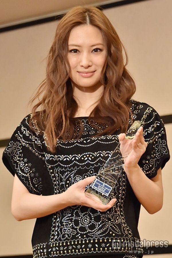 (画像4/9) 北川景子 - 北川景子、報道陣の質問攻めにタジタジ「これくらいで勘弁して下さい」