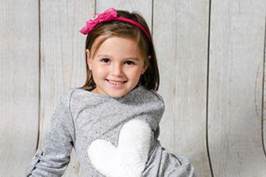 Ubrania dla dziewczynek i chłopców. Odzież dziecięca, Odzież z postaciami Disneya. Bawełniana odzież dla dzieci.