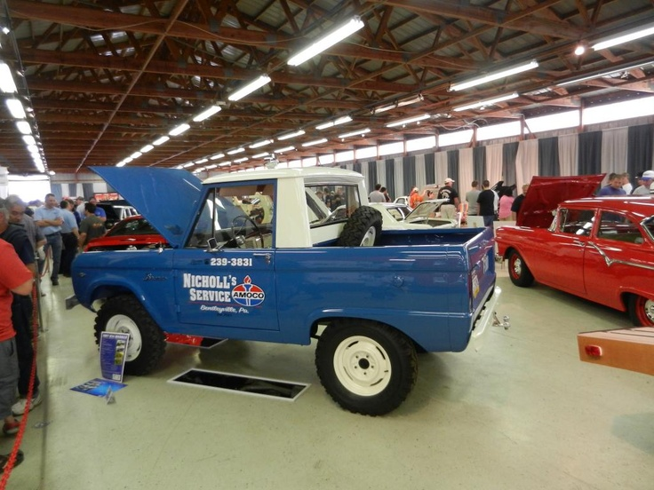 Ford classic early bronco half cab service truck & 49 best Ford Bronco images on Pinterest | Early bronco Ford ... markmcfarlin.com